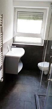 Sanierung schönes kleines Bad in Raum Stuttgart.