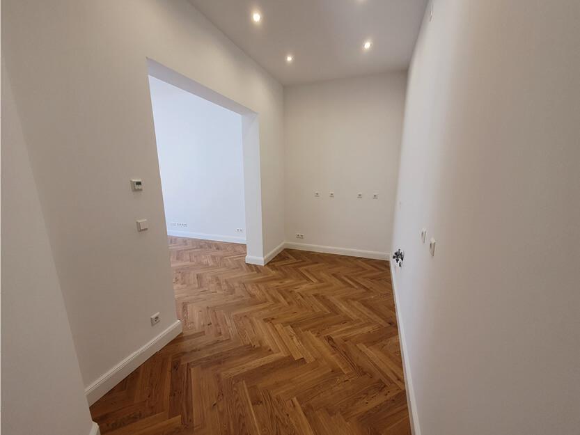 Wohnung komplett renovieren lassen, Küche und Innenausbau.